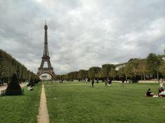 Париж. Марсово поле