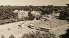 Пушкино. Привокзальная площадь 1990 г.