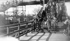 1967, 3 мая. Спуск на 2-ю платформу (к кассам).