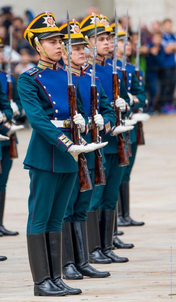 фото кремлевского полка приходят опытом