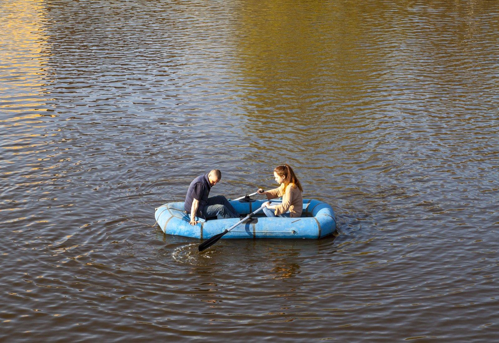Мы на лодочке катались