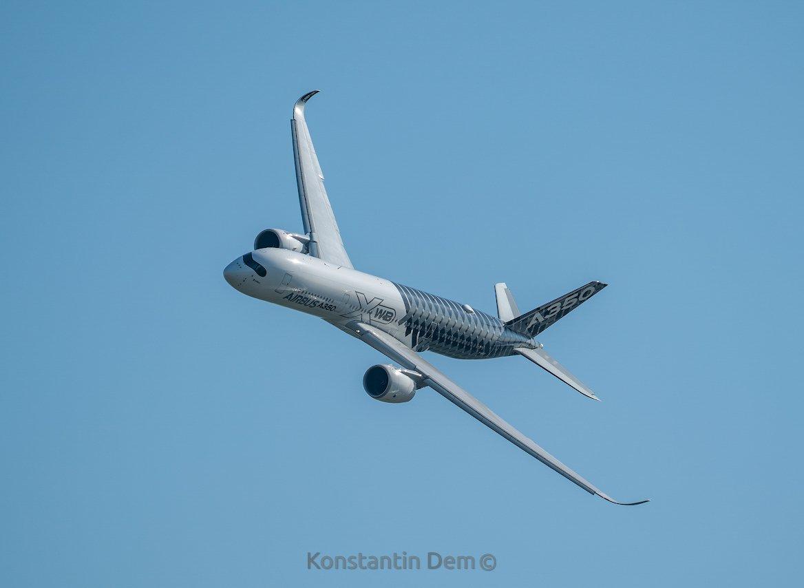 Красавец Airbus A350-900 на авиасалоне МАКС 2019