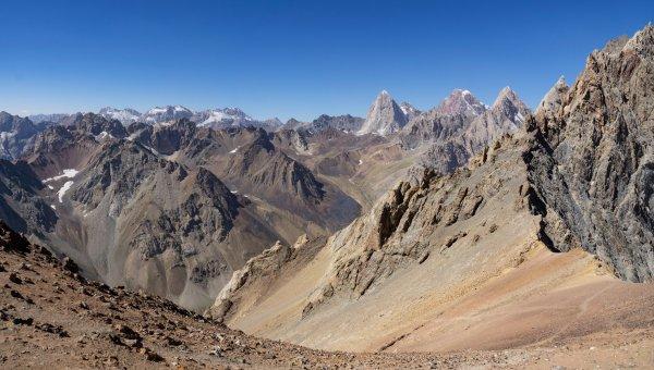 Вид с перевала Казнок Восточный