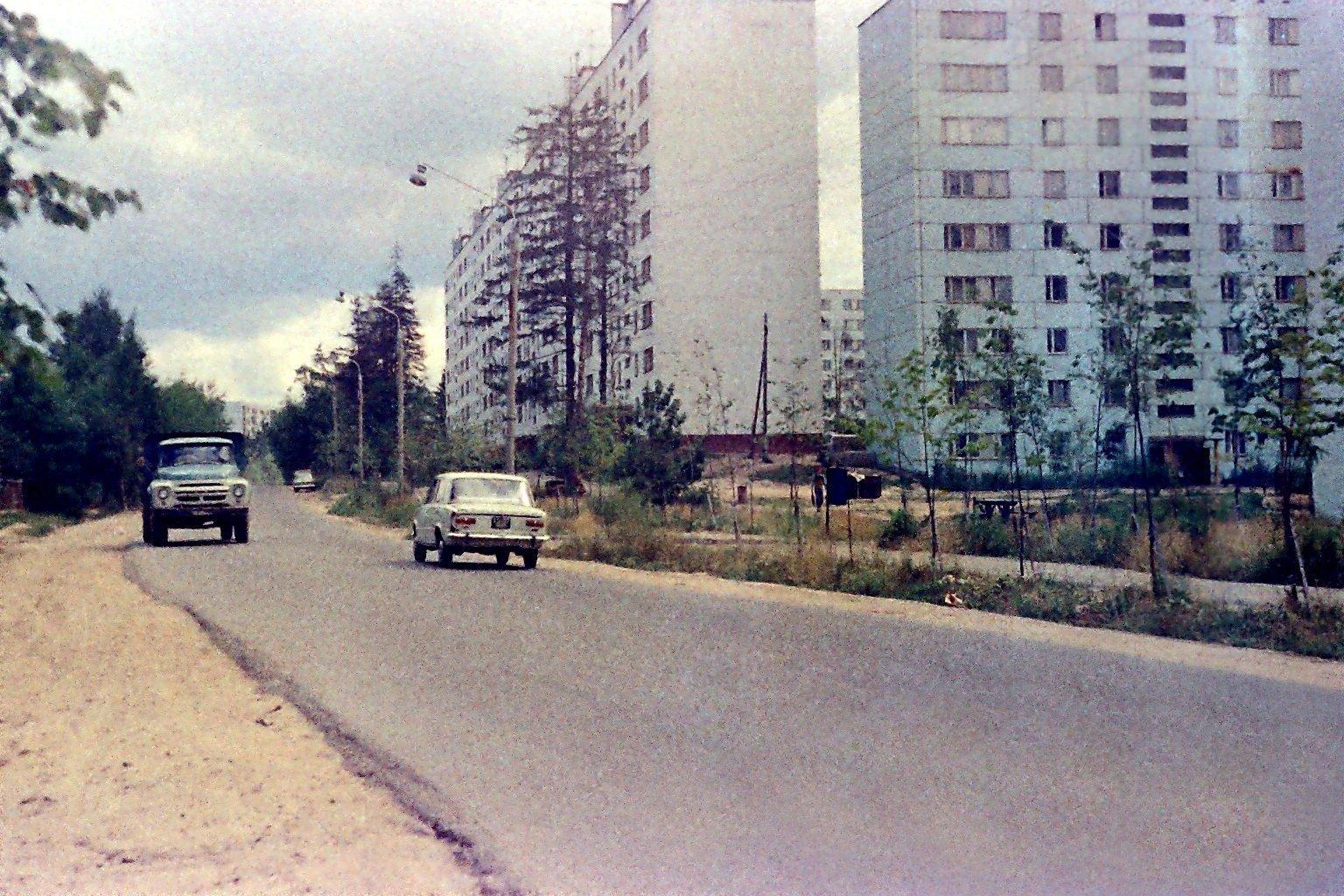 Дзержинец. Д.8. 1975